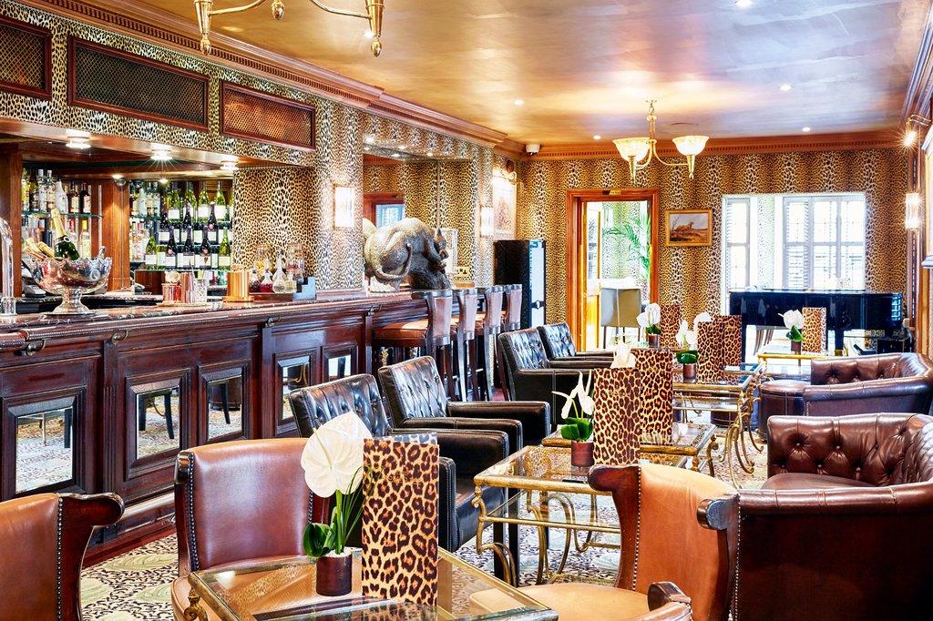 leopard-bar.jpg